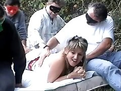MATURE OUT DOOR GANGBANG