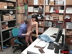 Buxom latina young babe suspect nailing a cop for her freedom